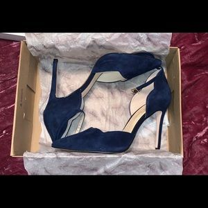 Jessica Simpson Blue Suede Pointed Toe Stiletto